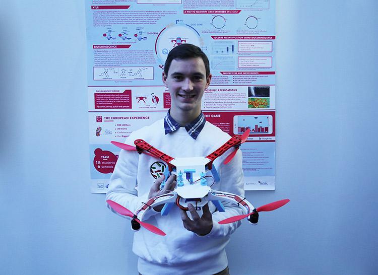 igem_ionis_interview_pierre_etudiant_ipsa_medaille_or_competition_internationale_biotechnologies_aeronautique_drone_quantifly_2016_retour_01