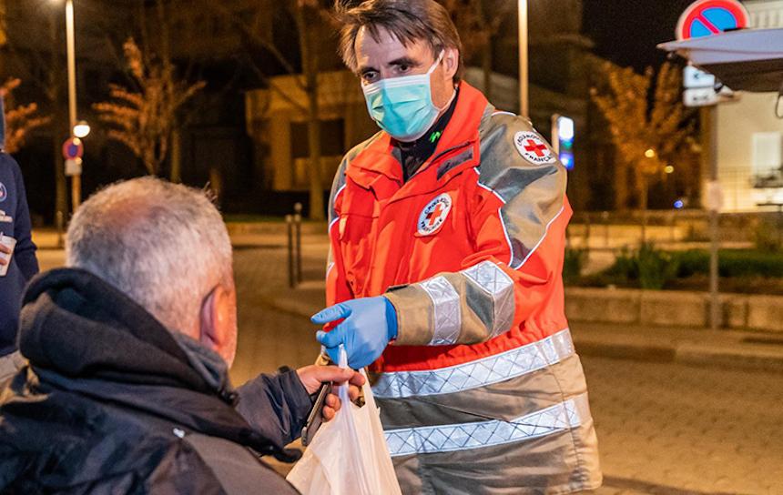La crise du Covid-19 vue par Arthur Lenoble (IPSA promo 2021), bénévole à la Croix-Rouge