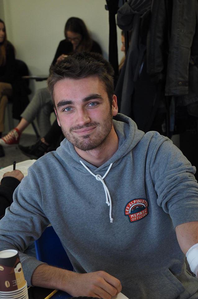 Loic Goossens au CHU de Bordeaux pour donner son sang